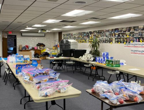 IBEW 124 RENEW ORGANIZATION DELIVERS WINTER CARE PACKAGES TO HOMELESS